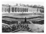 Le Grand Trianon  vue sur le péristyle et le Jardin Haut Versailles