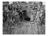 Victor Ségalen et Gilbert de Voisins au cours de la fouille de la tombe de la dame de Bao