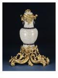 Vase monté en bronze ciselé et doré  fontaine à parfum en céladon craquelé