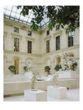 """La Cour Marly : terrasse supérieure : au premier plan: deux des coureurs de Marly : """"Apollon"""""""