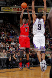 Chicago Bulls v Sacramento Kings: Luol Deng and Luther Head