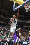 Sacramento Kings v Utah Jazz: CJ Miles and Luther Head