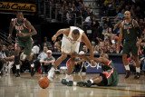 Milwaukee Bucks v Cleveland Cavaliers: Joey Graham and Corey Maggette
