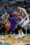 Sacramento Kings v New Orleans Hornets: Luther Head and Jason Smith