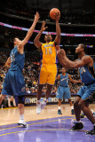 Washington Wizards v Los Angeles Lakers: Ron Artest  Yi Jianlian and Hilton Armstrong