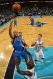 Dallas Mavericks v New Orleans Hornets: Shawn Marion and Emeka Okafor