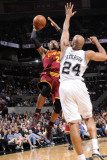 Cleveland Cavaliers  v San Antonio Spurs: Mo Williams and Richard Jefferson