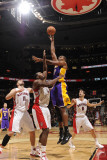 Los Angeles Lakers v Toronto Raptors: Andrew Bynum and Joey Dorsey