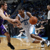 Sacramento Kings v New Orleans Hornets: Willie Green and Beno Udrih