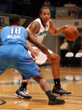 Tulsa 66ers v Sioux Falls Skyforce: Chris McCray and Elijah Millsap