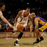 Los Angeles Lakers v Chicago Bulls: Derrick Rose  Pau Gasol and Derek Fisher