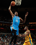 Oklahoma City Thunder v New Orleans Hornets: Kevin Durant and DJ Mbenga