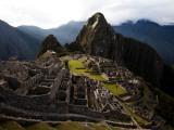 High Angle View of Machu Picchu, an Archaeological Site in Peru Papier Photo par Michael Hanson