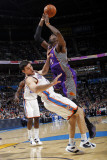 Phoenix Suns v Oklahoma City Thunder: Hakim Warrick and Nick Collison