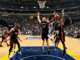 Miami Heat v Memphis Grizzlies: Mike Conley  Zydrunas Ilgauskas and LeBron James