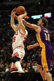 Los Angeles Lakers v Chicago Bulls: Pau Gasol and Kyle Korver