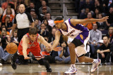 Chicago Bulls v Phoenix Suns: Kyle Korver and Jared Dudley