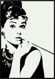Audrey Hepburn: Cigarillo