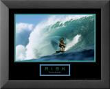 Risque - surfeur Reproduction laminée et encadrée