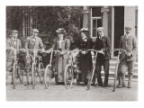 Group of Edwardian Bicyclists  Early 1900S
