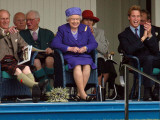 BRAEMAR ROYAL HIGHLAND GATHERING 2005  THE DUKE OF EDINBURGH  THE QUEEN & PRINCE WILLIAM ENJOY THE