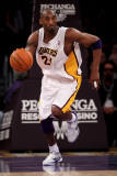 New York Knicks v Los Angeles Lakers  Los Angeles  CA - January 9: Kobe Bryant