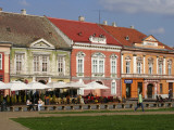 Baroque Palaces and Cafes on Piata Unirii