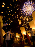 Lights  Lanterns and Mobile Phones at Loi Krathong Festival