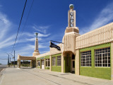 U-Drop Inn  Art Deco Petrol Station and Coffee Shop  on Old Route 66