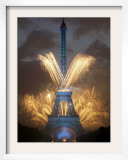Fireworks Illuminate the Eiffel Tower