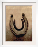 Lucky Horse Shoe on Dusty Rose Metallic II