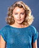 Faye Grant - V