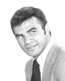 Burt Reynolds - Dan August