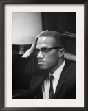 Malcolm X  Malcolm X Waits at Martin Luther King Press Conference  1964