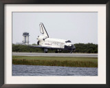 Space Shuttle Discovery on the Runway at the Kennedy Space Center