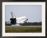 Space Shuttle Discovery Touches Down on the Runway at Kennedy Space Center