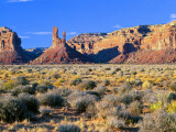 Pinnacles and Buttes in Valley of the Gods  Monument Valley  Utah  USA