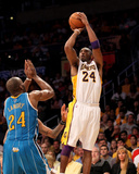 New Orleans Hornets v Los Angeles Lakers - Game One  Los Angeles  CA - April 17: Kobe Bryant and Ca