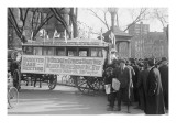 Woman&#39;s Suffrage Bus
