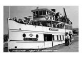 Seattle  Washington - SS Sightseer Ship Docked