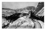 Colorado - View along Highway between Basalt and Aspen