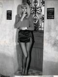 Mireille Darc: Elle Boit Pas  Elle Fume Pas  Elle Drague Pas Mais Elle Cause !  1970