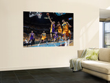 Los Angeles Lakers v New Orleans Hornets - Game Three  New Orleans  LA - APRIL 22: Derek Fisher and