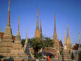 Wat Pho / Chedis / Monk  Bangkok  Thailand