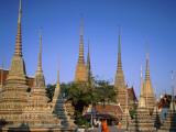 Wat Pho / Chedis / Monk  Bangkok  Thailand
