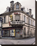Sud-Ouest Tabac Store at the Corner
