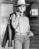 Ann-Margret - The Train Robbers