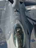 A US Air Force F-16C Fighting Falcon Receives In-Flight Refueling