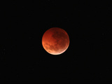 The Totality Phase of a Lunar Eclipse During the 2010 Solstice