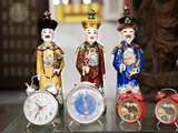 Various &quot;Antiques&quot; and &quot;Relics&quot; for Sale on Dongtai Road in Shanghai